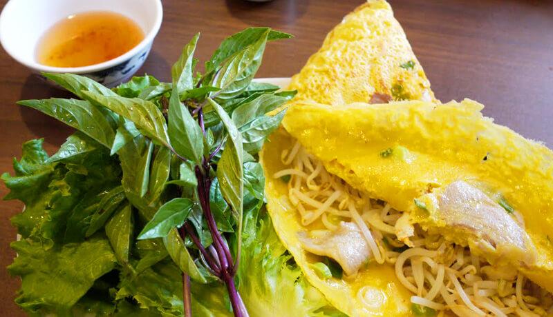 ベトナム料理 バインセオ!!