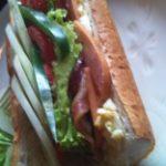 ガイドブックにも載っている美味しいサンドイッチ「Little Hanoi」