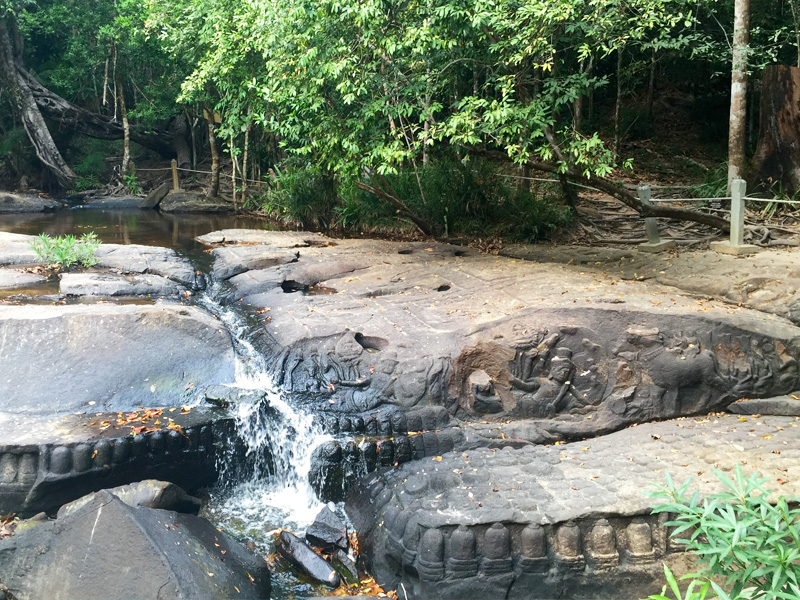 クバール・スピアンとは「川の源流」