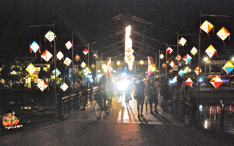 ホイアンのランタン祭り