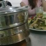 ゲコッ。こんなものも食べちゃうベトナム人!!