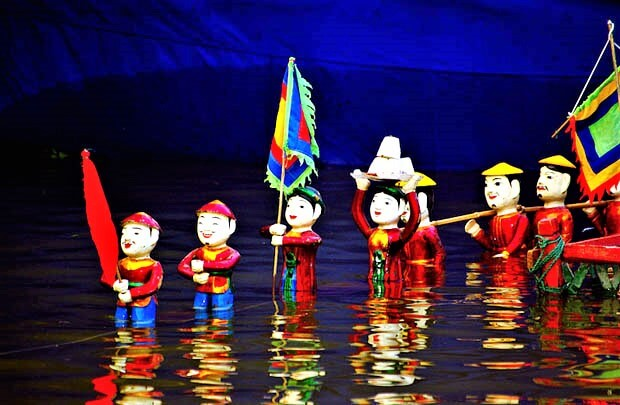 ハノイ発祥で大人気の水上人形劇