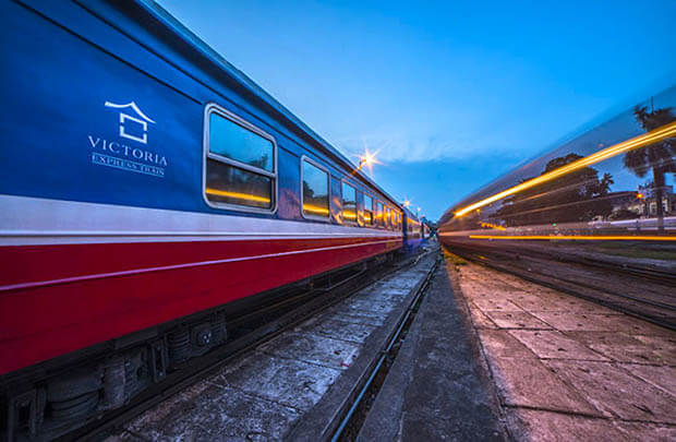 豪華ビクトリア列車
