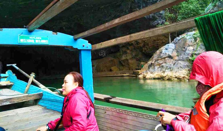ボートの屋根もオープン!フォンニャ洞窟へ