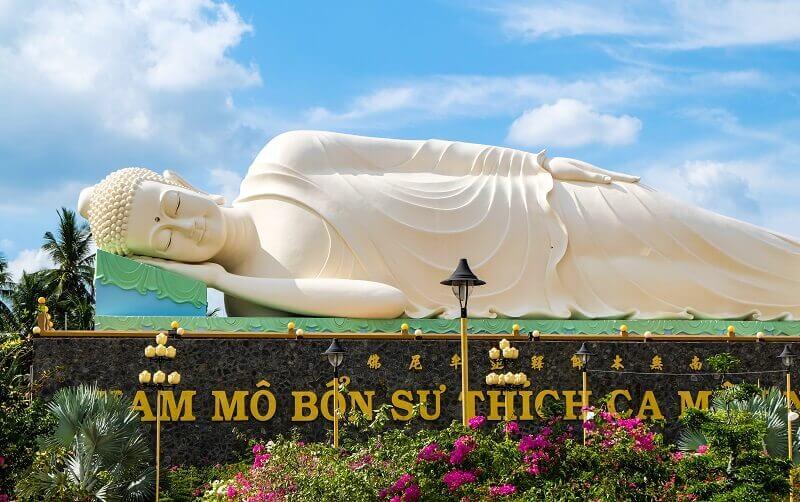 永長寺の巨大な大仏