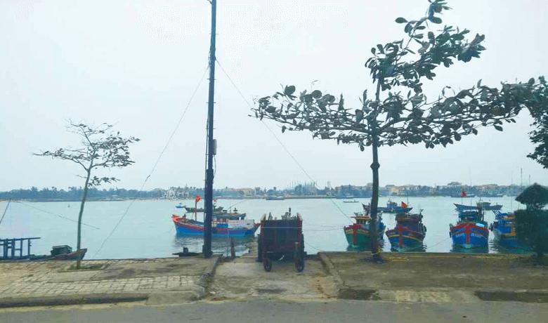 ベトナム中部のどかな街並み