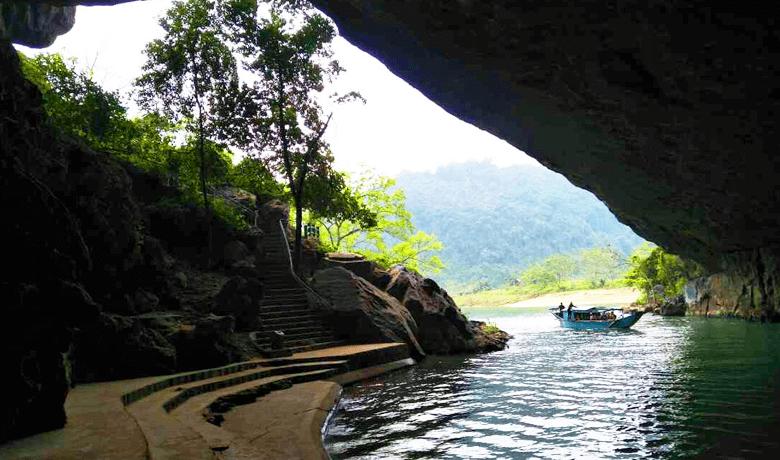 フォンニャ洞窟出口へ