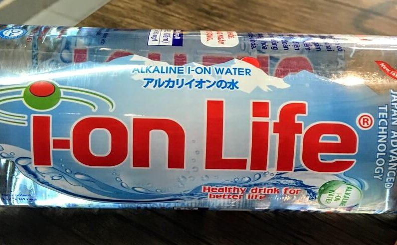 ベトナムのミネラルウォーターIon Lifeの日本語