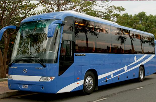 ハノイからフエのバス