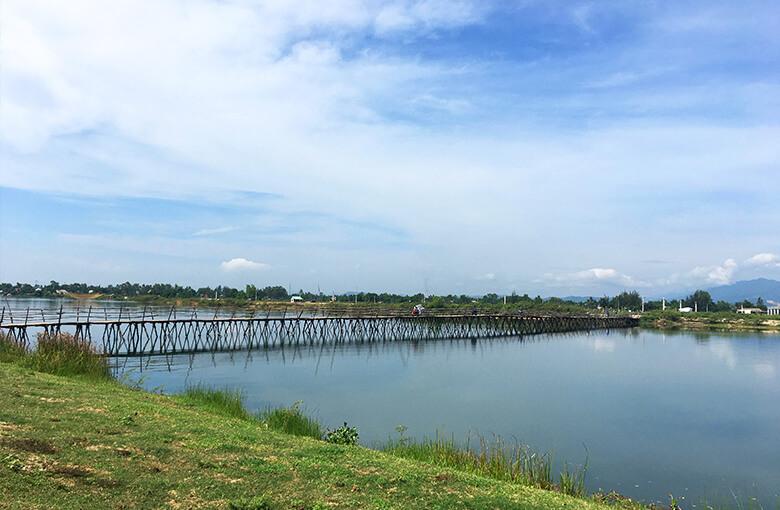 ホイアンおすすめバイクツアーで立寄る橋その2