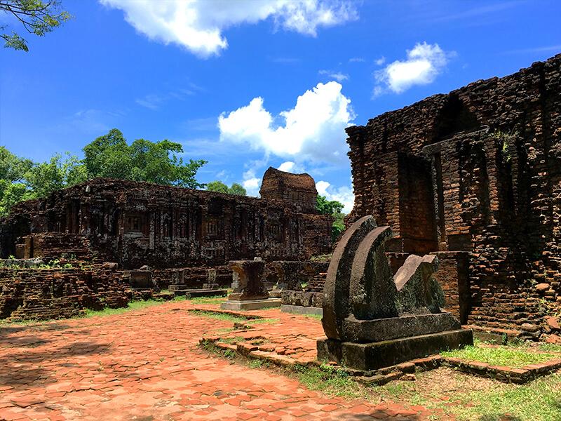 ベトナム中部を代表する世界遺産ミーソン遺跡