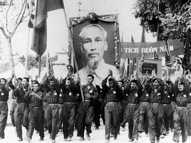 ホーチミンさんは初代ベトナム民主共和国主席、ベトナム労働党中央委員会主席