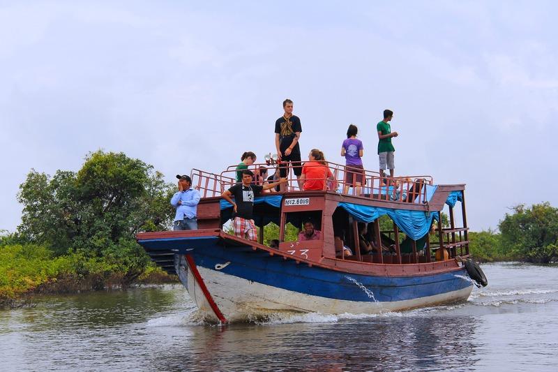 トンレサップ湖ボートツアー