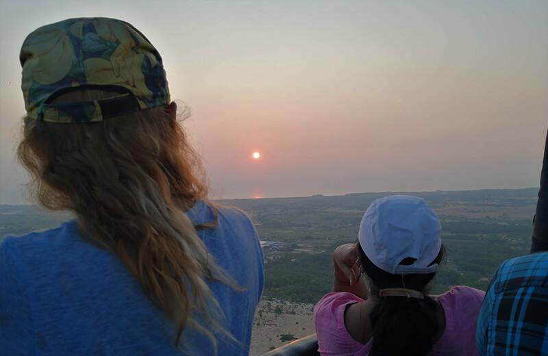 上空500mで見る朝日- ムイネー観光気球ツアーレポ