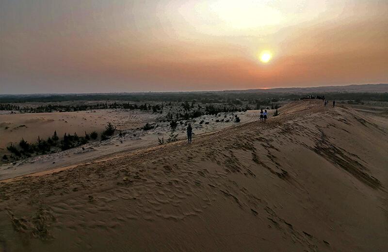 ムイネーの砂丘と朝日- ムイネー気球ツアーレポ