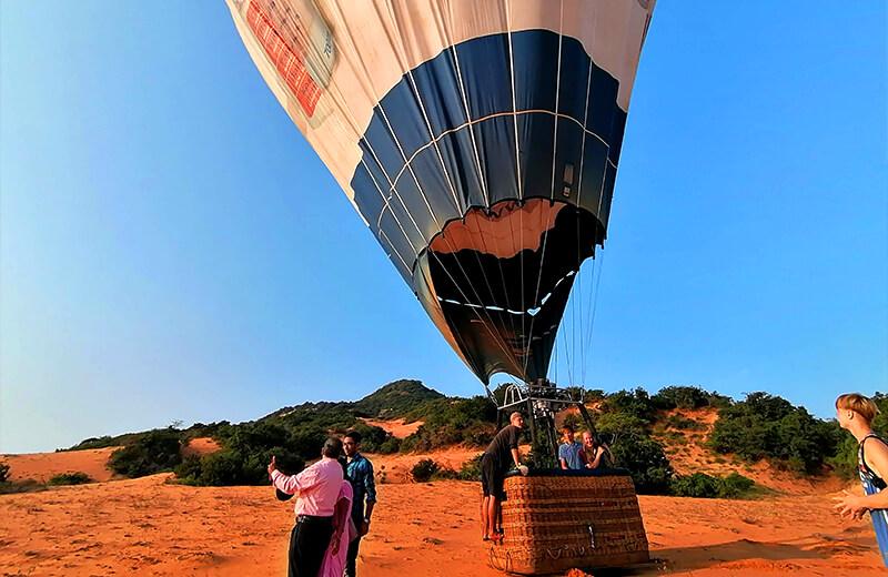 なんとか着地- ムイネー観光気球ツアーレポ