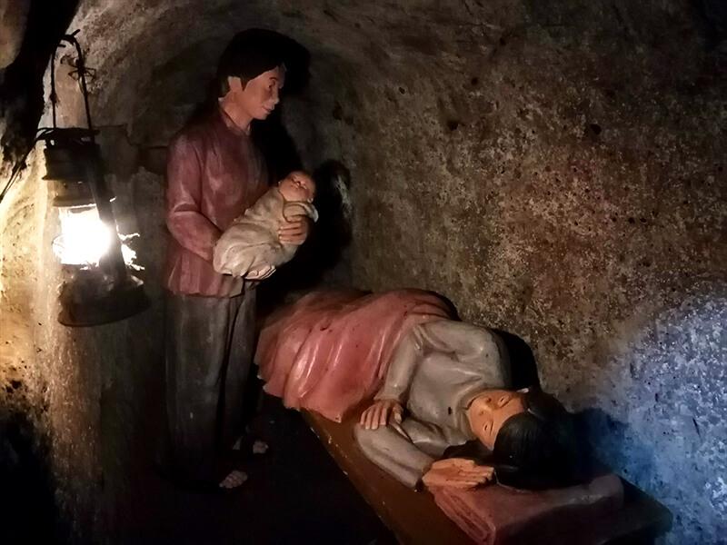 ビンモックトンネル(ヴィンモックトンネル)内の分娩室- フエからベトナム戦争時代の国境地帯 DMZ(非武装地帯)ツアーに参加してきた。