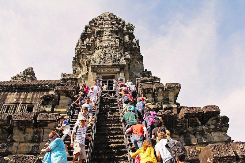 世界遺産『アンコールワット遺跡群』で観光業がメインに変化