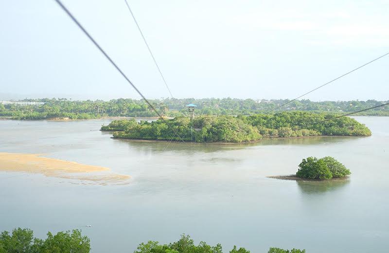 マクタン島 フィリピン・マクタン島の英雄「ラプラプ王」