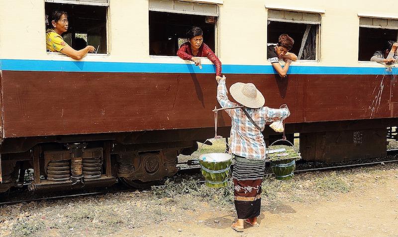 ミャンマー国鉄・ヤンゴン環状線