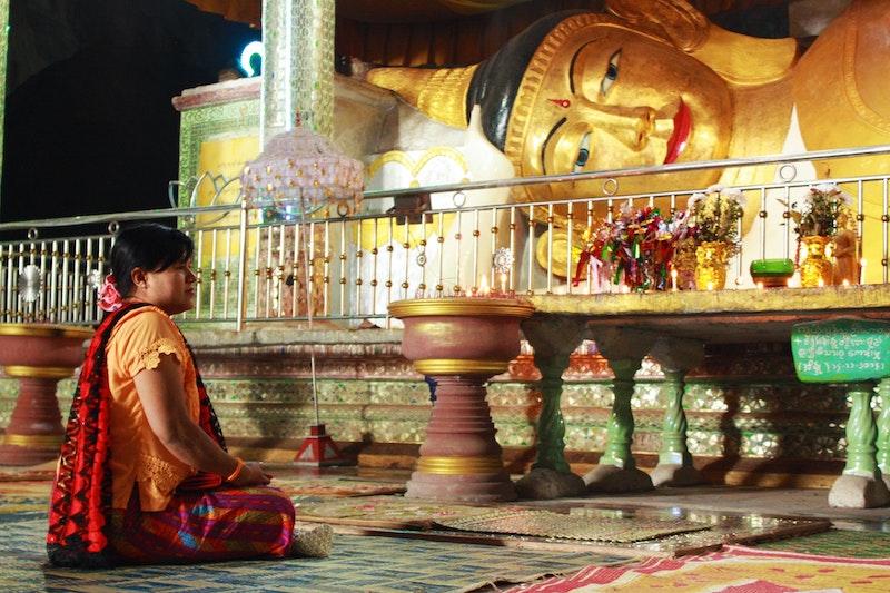 レディ・サヤドーが精力的に広めていく 独特の世界感を持つミャンマー仏教の概要と歴史